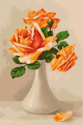 Trandafiri portocalii in vaza