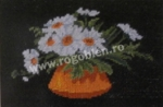 Goblen - Vase with Daisies
